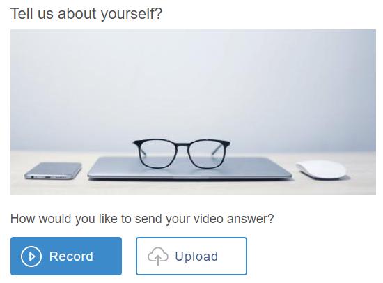 Video question in an online quiz